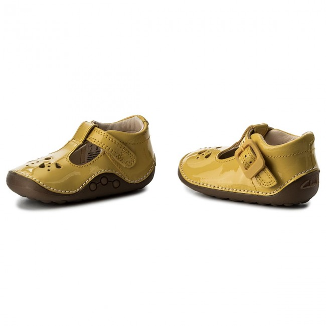 674cfd72df5 Κλειστά παπούτσια CLARKS - Little Weave 26132113 Yellow Patent ...